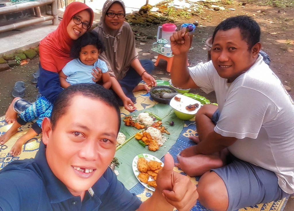Ngaliwet Kuliner Tradisi Unik Khas Jawa Barat