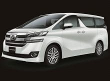 Toyota Vellfire : Mobil Lega Untuk Liburan Bersama Keluarga